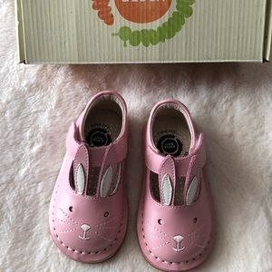 Livie Luca Molly Bunny Shoes Size 4